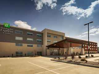 Holiday Inn Express & Suites - Mount Vernon