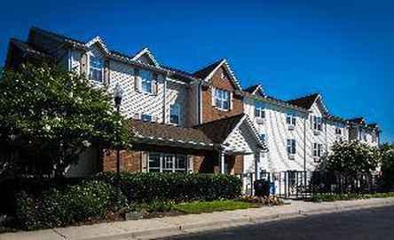 Home Towne Suites - Columbia