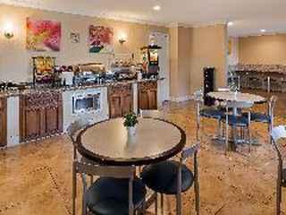 Best Western Plus Pleasanton Inn