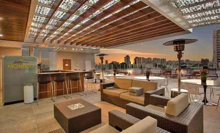 Summit Hotel Monaco