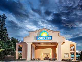 Days Inn Kennesaw