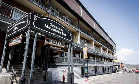 Treasure Mountain Inn Hotel