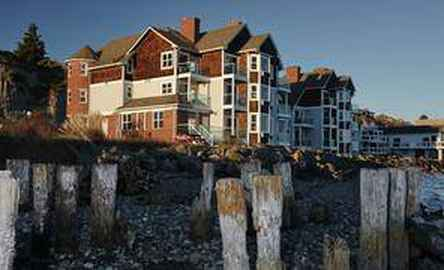 Tides Inn
