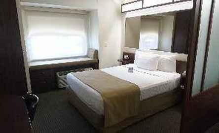Microtel Inn & Suites by Wyndham Ciudad Juarez/By US Consula