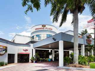 Crowne Plaza Fort Myers At Bell Tower Shops