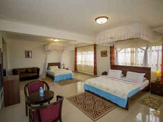 Reinah Tourist Hotel