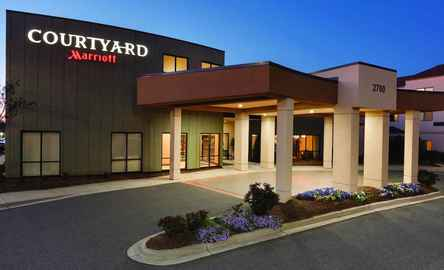 Courtyard Charlotte Airport North