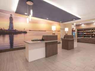 La Quinta Inn & Suites by Wyndham Buffalo Amherst