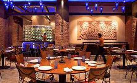 Radisson Blu Plaza Hotel Delhi Airport