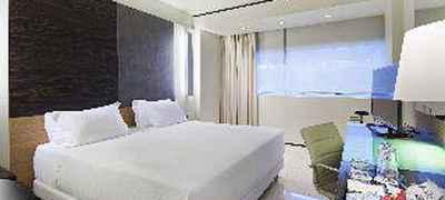 Hotel NH Laguna Palace