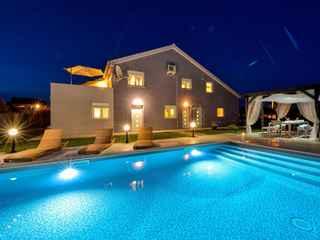 Apartments Levante