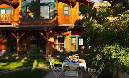 The Alpine House Lodge & Cottages