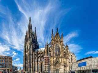 Colônia e a cidade-postal de Monschau