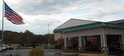 GuestHouse Inn and Suites Williamstown - Marietta