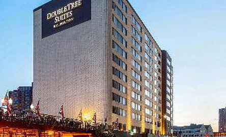 DoubleTree Suites Minneapolis