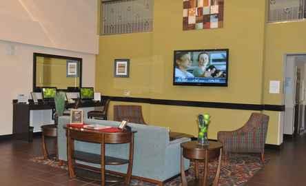 The Holiday Inn Express & Suites Sarasota I-75