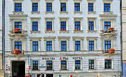 A Plus Hostel & Hotel
