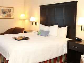 Hampton Inn by Hilton Toronto-Mississauga