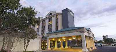 DoubleTree by Hilton Hotel Dallas - DFW Airport North