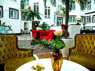 Bentleys Hotel