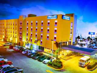 Hotel City Express Suites Toluca