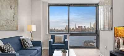 Global Luxury Suites at Metropolitan