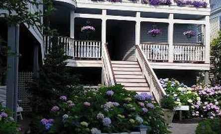 Hydrangea House Inn