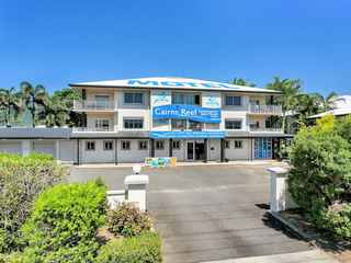 Cairns Reef Apartments & Motel Accommodation
