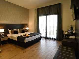 Rise Hotel Larnaka