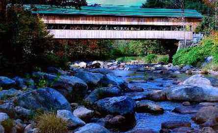 Covered Bridge River View Lodge