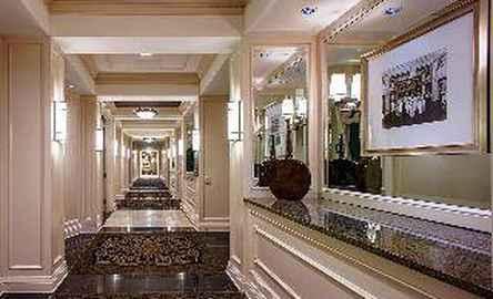 Hampton Inn & Suites Birmingham Downtown - The Tutwiler