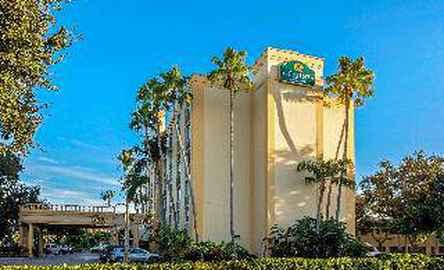 La Quinta Inn & Suites West Palm Beach Airport
