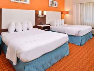 Lexington Inn & Suites - Ottumwa