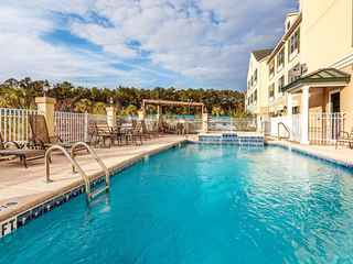 Country Inn & Suites By Carlson, Hinesville, GA