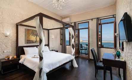 Porto Antico Hotel & Apartments