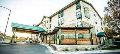Boothill Inn & Suites