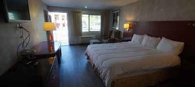 Civic Center Inn & Suites