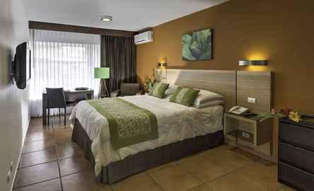 Suites Cristina Apart-Hotel