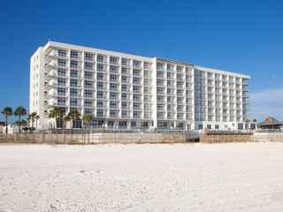 Holiday Inn Express & Suites Panama City Beach - Beachfront