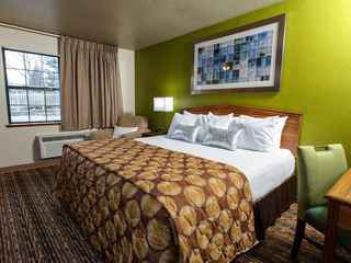 Extended Stay Airport Hotel Green Bay