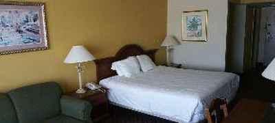 Imperial Swan Hotel & Suites