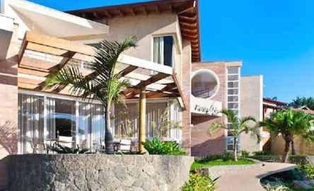 Abayomi Hotel