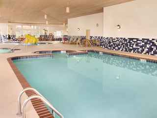Country Inn & Suites By Carlson; Portage, IN