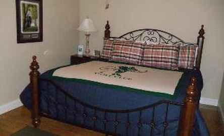 Branson House Bed & Breakfast