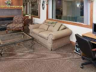 Days Inn & Suites Kokomo