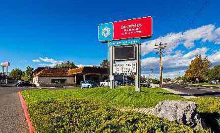 Best Western Airport Plaza Hotel