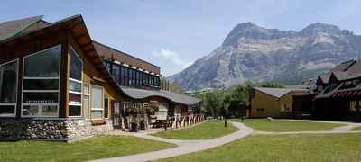 Waterton Lakes Lodge Resort