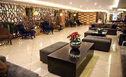 Hotel Dali Plaza